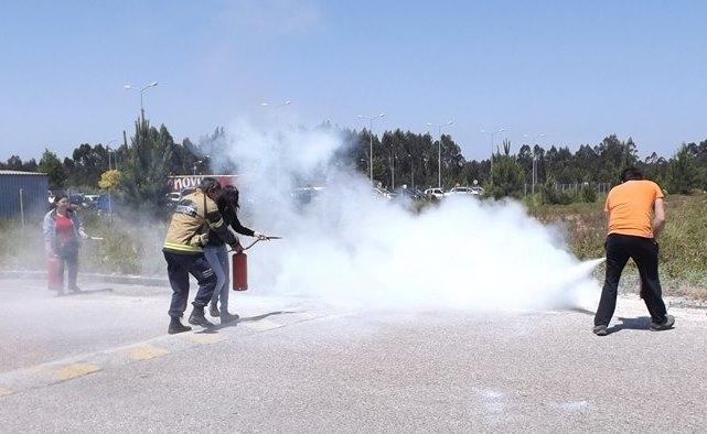 Bombeiros de Cantanhede dão formação a colaboradores da Base do Intermarché