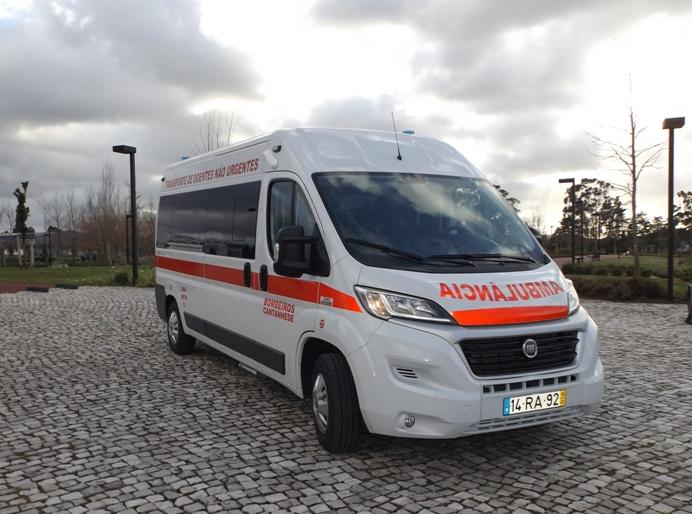 Corporação tem nova ambulância de transporte múltiplo