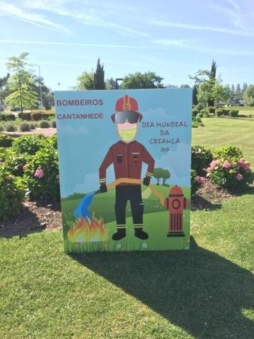 Bombeiros de Cantanhede nas comemorações do Dia da Criança